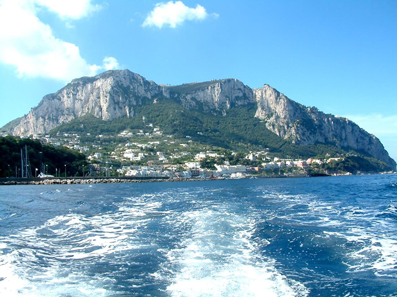 private boat experience from naples to capri